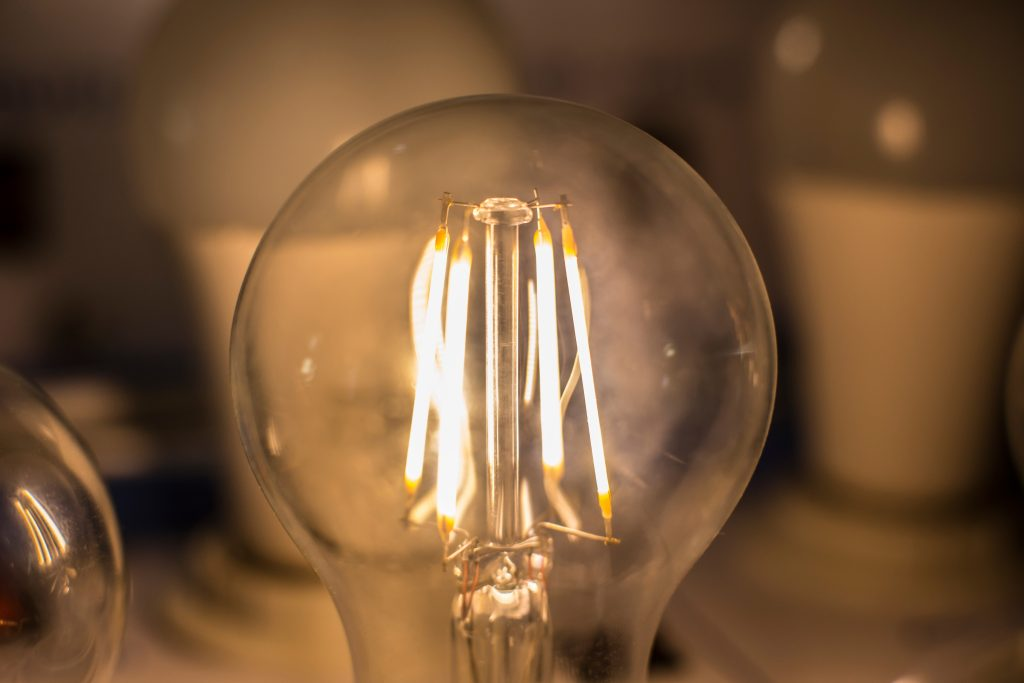 Choose the right LED bulb by selecting LED filament bulbs